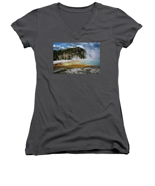Women's V-Neck featuring the photograph Yellowstone Colors #13 by Scott Read