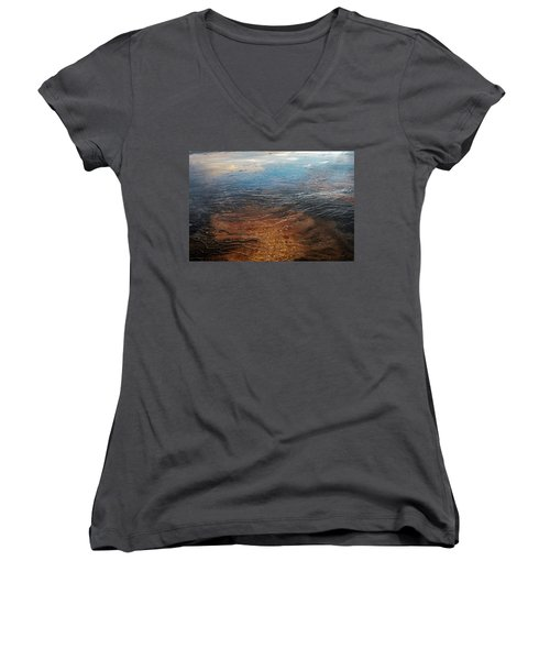 Women's V-Neck featuring the photograph Yellowstone Colors #6 by Scott Read