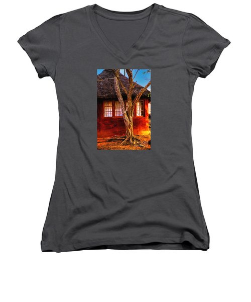 Zulu Hut Women's V-Neck (Athletic Fit)