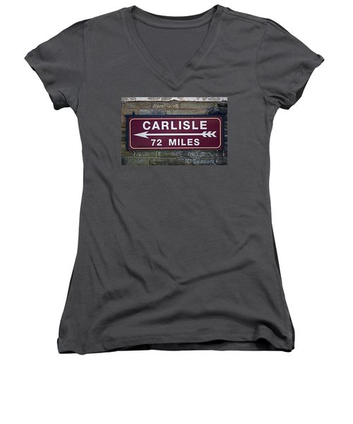 06/06/14 Settle. Period Destination Board. Women's V-Neck