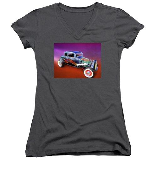 1932 Ford Roadster Women's V-Neck