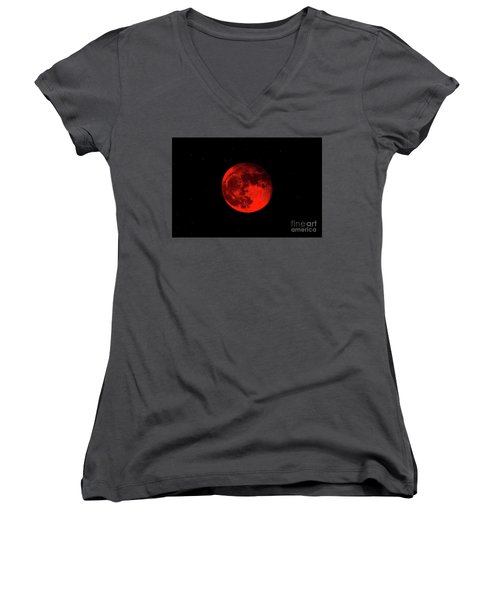 Blood Red Wolf Supermoon Eclipse 873a Women's V-Neck