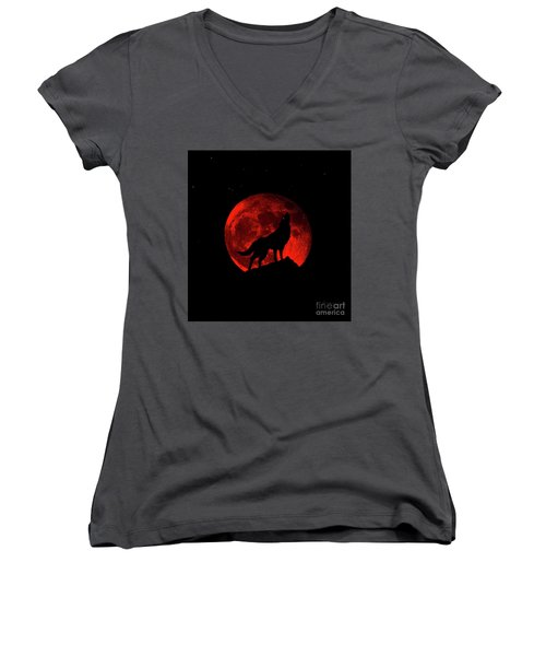 Blood Red Wolf Supermoon Eclipse 873l Women's V-Neck