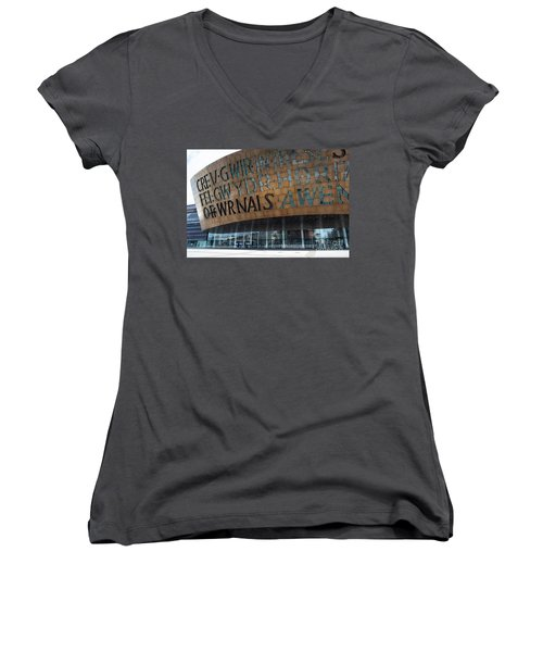 Cardiff Photo 7 Women's V-Neck