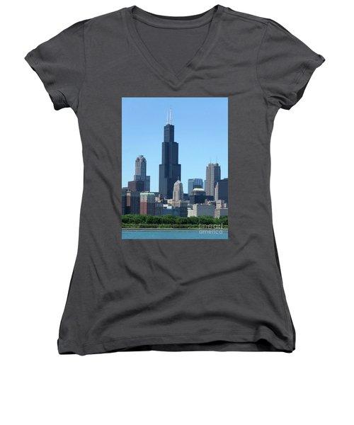 Chicago Skyline Women's V-Neck