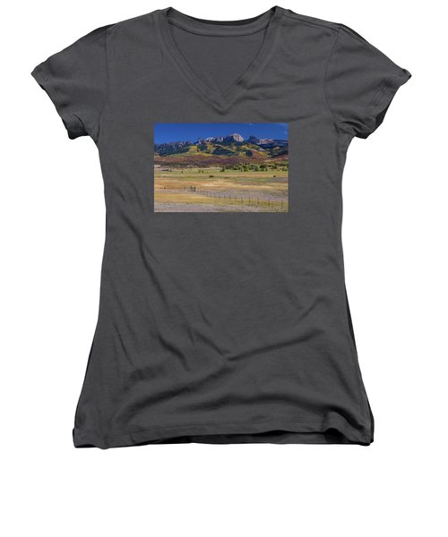 Women's V-Neck featuring the photograph Courthouse Mountains And Chimney Rock Peak by James BO Insogna