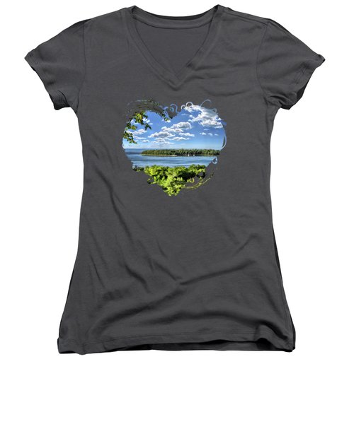 Door County Horseshoe Island Women's V-Neck