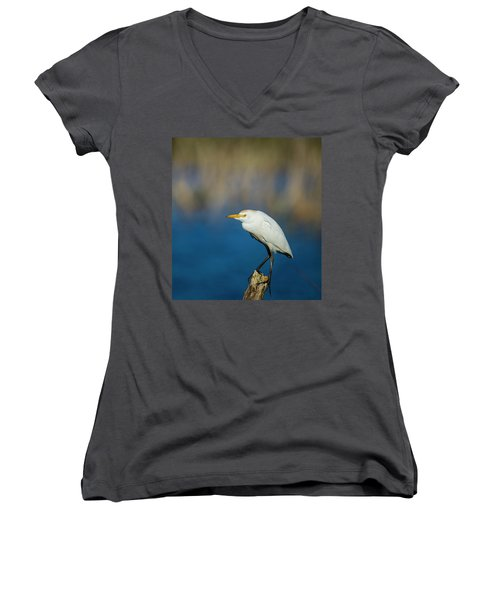 Women's V-Neck featuring the photograph Egret On A Stick by Kevin Banker