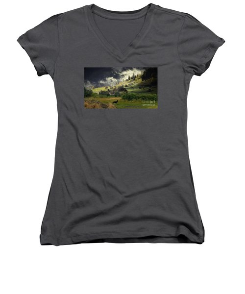 English Countryside Women's V-Neck