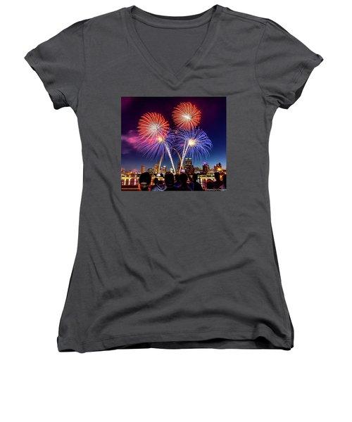 Fair St. Louis Fireworks 6 Women's V-Neck