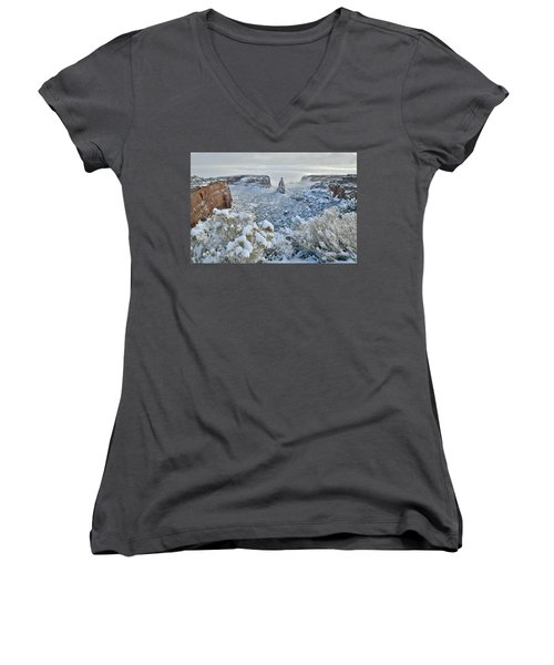 Independence Monument In Snow Women's V-Neck