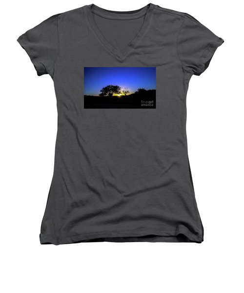 Last Light Texas Hill Country Paradise Canyon Sunset 8053a1 Women's V-Neck