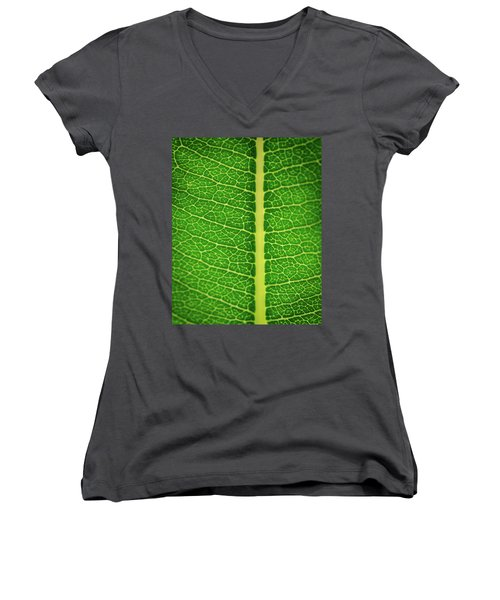Leafy Detail Women's V-Neck