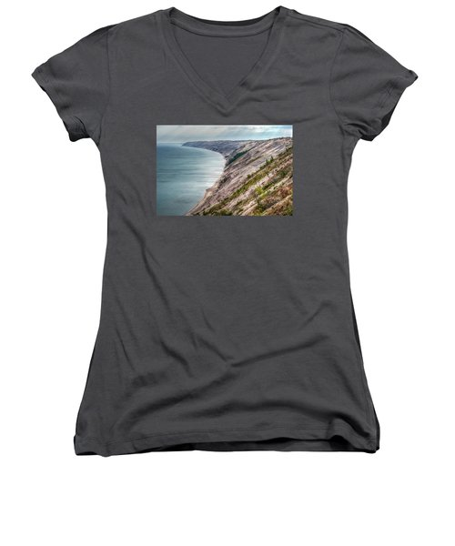 Long Slide Overlook Women's V-Neck