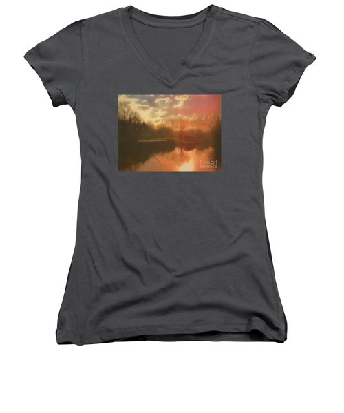 Women's V-Neck featuring the photograph Perchance To Dream by Leigh Kemp