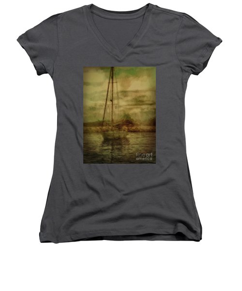 Women's V-Neck featuring the photograph Sailing by Leigh Kemp