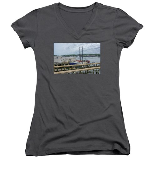 Scenic Harbor Women's V-Neck