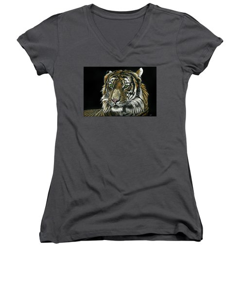 Seated Tiger Women's V-Neck