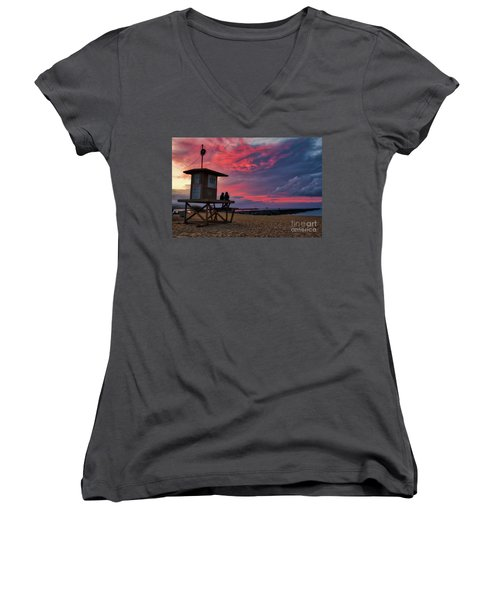 The Last Sunrise Of 2018 At The Wedge Women's V-Neck