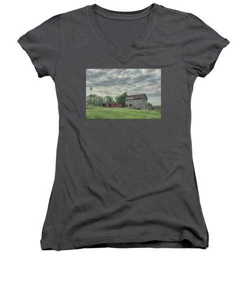 Train Cars And A Barn Women's V-Neck