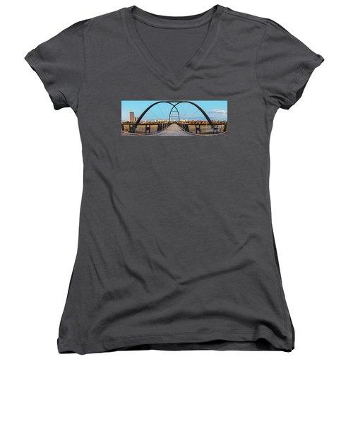 Twilight Panorama Of Bill Coats Bridge Over Brays Bayou - City Of Houston Texas Medical Center Women's V-Neck