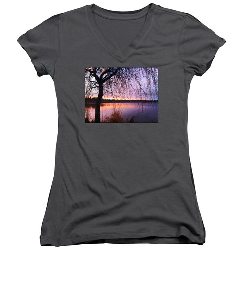 Weeping Tree Women's V-Neck