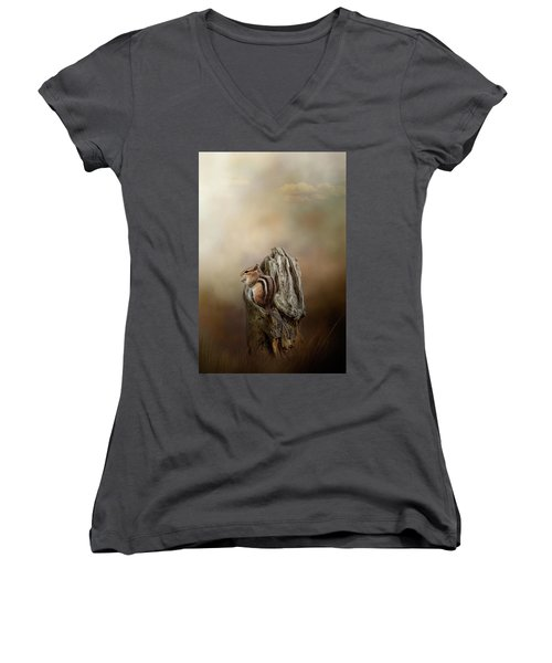 Woodland Visitor Women's V-Neck