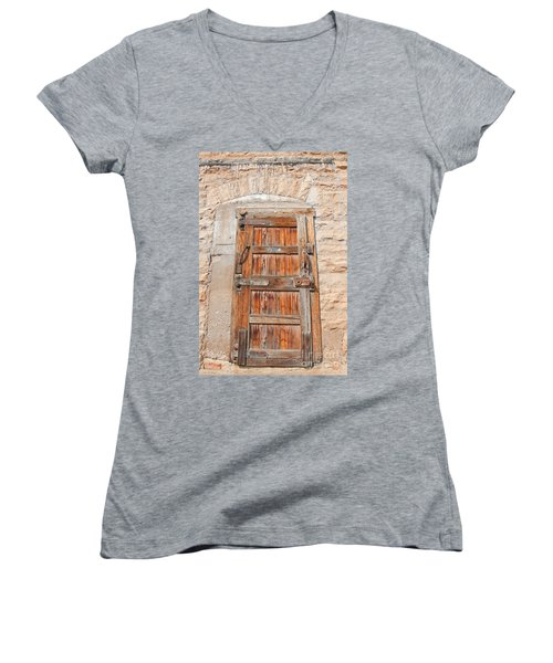 Door Series 1 Women's V-Neck T-Shirt