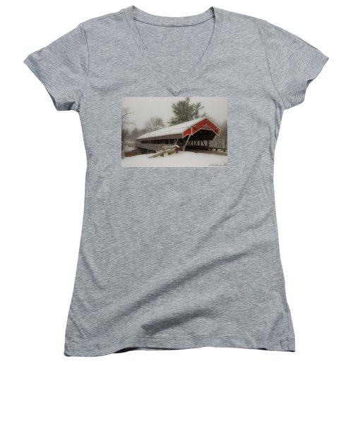Jackson Nh Covered Bridge Women's V-Neck T-Shirt