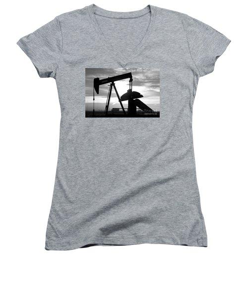 Oil Well Pump Jack Black And White Women's V-Neck