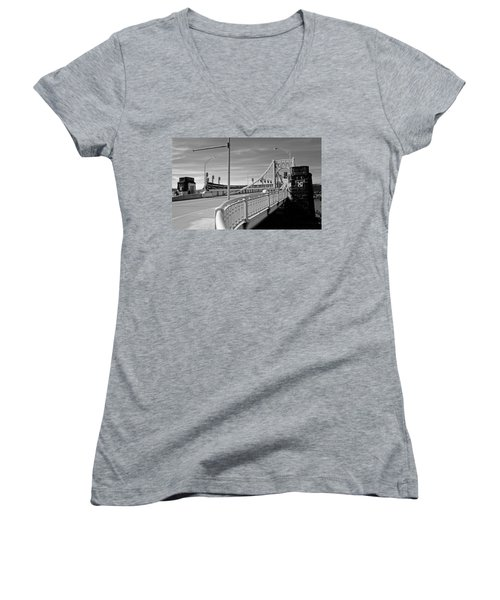 Pittsburgh - Roberto Clemente Bridge Women's V-Neck T-Shirt