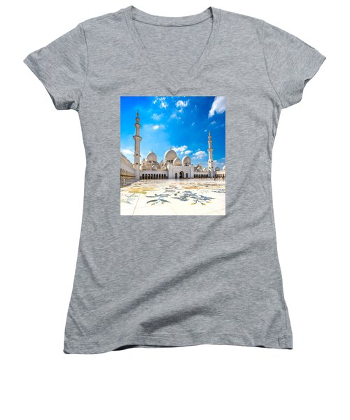 Sheikh Zayed Mosque - Abu Dhabi - Uae Women's V-Neck T-Shirt