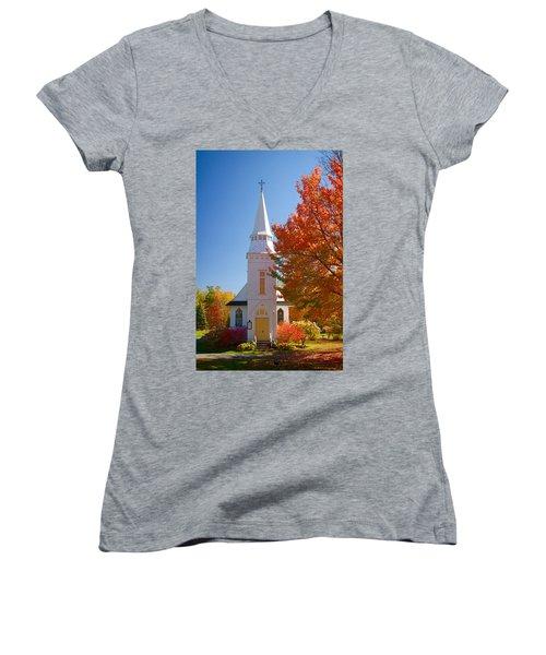 St Matthew's In Autumn Splendor Women's V-Neck T-Shirt (Junior Cut) by Jeff Folger