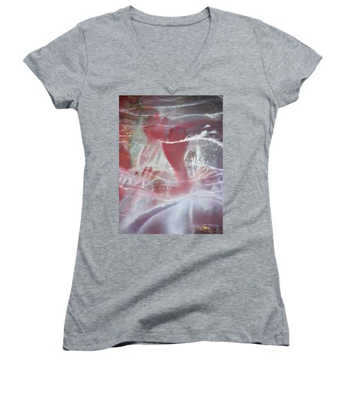 String Theory - Praise Women's V-Neck T-Shirt
