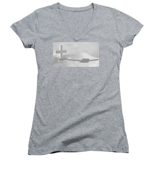 Women's V-Neck T-Shirt (Junior Cut) featuring the photograph The Grave Of Bobby Kennedy by Cora Wandel