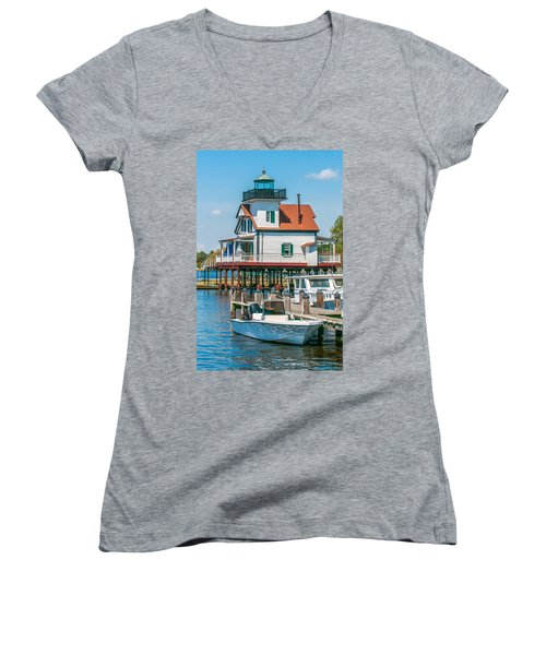 Town Of Edenton Roanoke River Lighthouse In Nc Women's V-Neck
