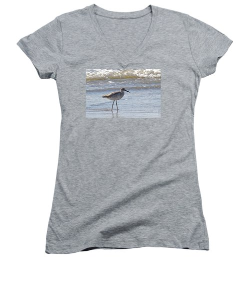 Willet Bird Wading In Ocean Surf Women's V-Neck T-Shirt