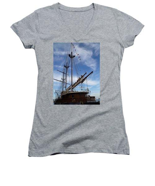 1812 Tall Ships Peacemaker Women's V-Neck T-Shirt (Junior Cut) by Lingfai Leung