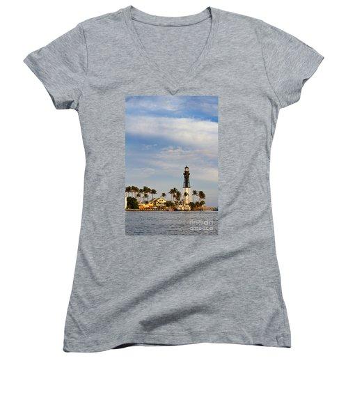 Hillsboro Inlet Lighthouse Women's V-Neck T-Shirt (Junior Cut) by Les Palenik