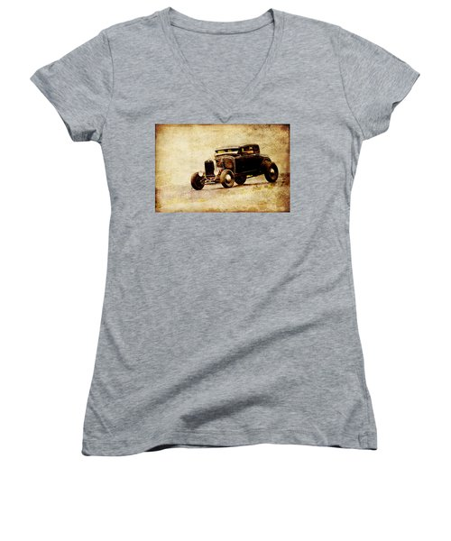 Hot Rod Ford Women's V-Neck T-Shirt