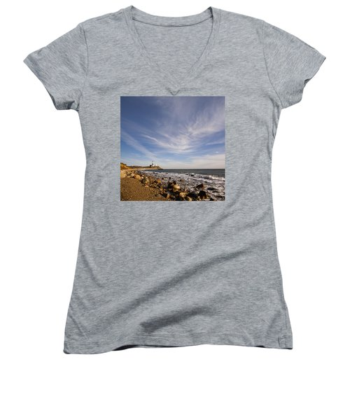 Montauk Point Lighthouse Women's V-Neck T-Shirt