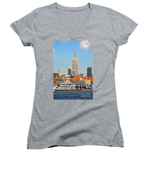 New York City Skyline With Empire State Women's V-Neck T-Shirt
