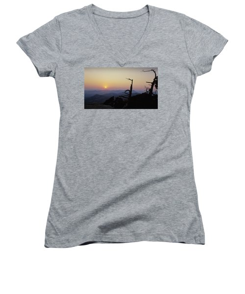 Sunset From Mt Scott Women's V-Neck T-Shirt