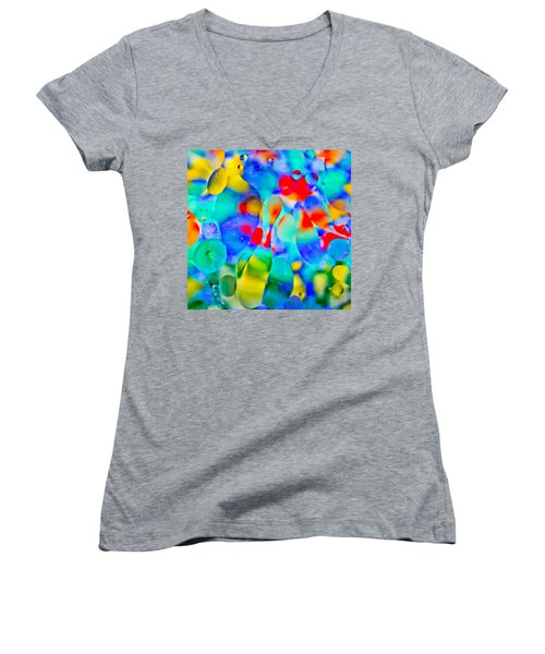 Touch/respond Women's V-Neck T-Shirt