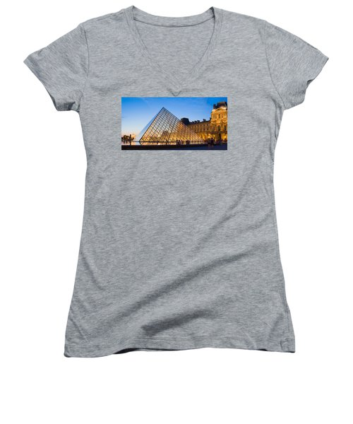 Pyramid In Front Of A Museum, Louvre Women's V-Neck T-Shirt (Junior Cut)