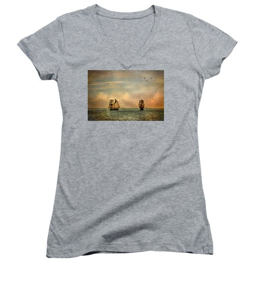 Women's V-Neck featuring the photograph A Vision I Dream by Dale Kincaid