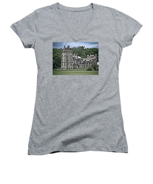 Amazing Fonthill Castle Women's V-Neck T-Shirt