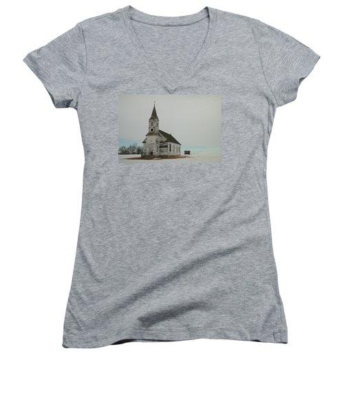 Amazing Grace In North Dakota Women's V-Neck T-Shirt (Junior Cut) by Jeff Swan