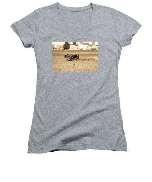 Amish Farm Women's V-Neck T-Shirt (Junior Cut) by Menachem Ganon