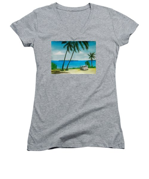 Antigua Women's V-Neck